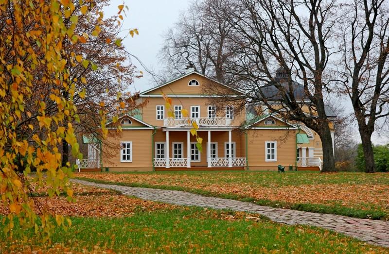Музей-заповедник «Тарханы» из Камышина